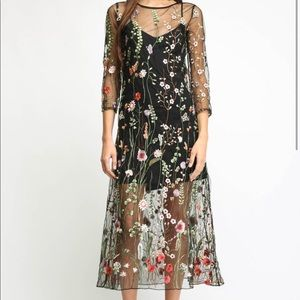 Two arrows floral embroidered dress
